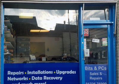 Bits & PC shop outside St Austell